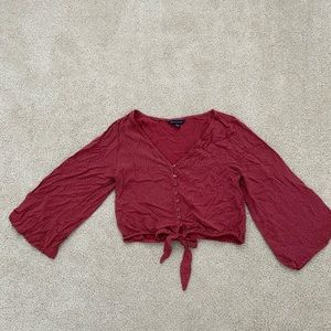 American Eagle Cropped Blouse